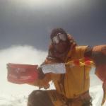 Pauner haciendo cima en el Gasherbrum II
