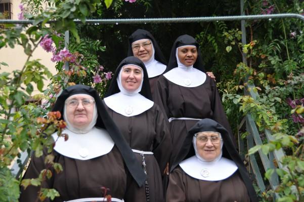 En el monasterio conviven hermanas de Perú, Kenia y España. Todas dicen estar allí por amor a Jesús.