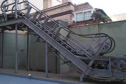Primeras escaleras (Por ZaragozaGuia)